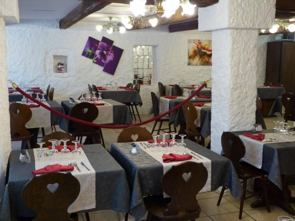 Les tables du Restaurant La Vieille Ferme